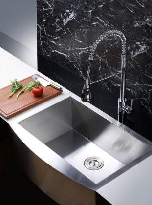 Ruvati Verona 33\'\' x 22\'\' Apron Front Single Bowl Kitchen Sink, Silver