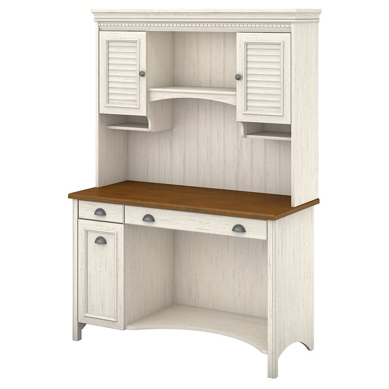 Scranton Amp Co Computer Desk With Hutch And Drawers In